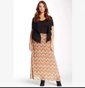 Daniel Rainn Abstract Chevron Long Skirt 1X Plus